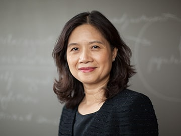 A portrait of Angela Lee, faculty at Kellogg School of Management.