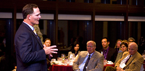 2008 Beacon Capital Executive in Residence Jim Scherr '89 speaks to local nonprofit leaders, Kellogg faculty, staff and students at Allen Center reception