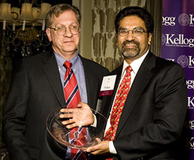 Schaffner Award winner Avi Nash '81 (left) with Robert Korajczyk, the Harry G. Guthmann Professor of Finance