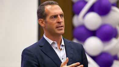Kellogg chose you because you are a leader, Kayak CMO Robert Birge 99 told incoming Kellogg students. Leave a mark.