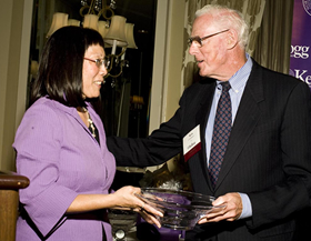 Dean Roxanne Hori (left) congratulates Kenneth Chalmers '51, recipient of the Wade Fetzer Award